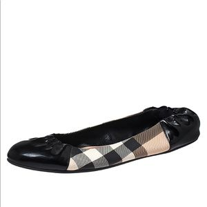 Burberry (authentic) Scrunch Flats. Never Worn.